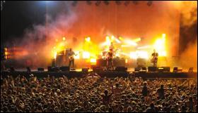 Arctic monkeys concert tickets for Assago beach forum