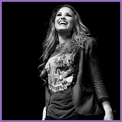 Demi lovato concert tickets tour dates lovato was born august 20 1992 in dallas texas her mother was a country music singer and a former dallas cowboys cheerleader m4hsunfo